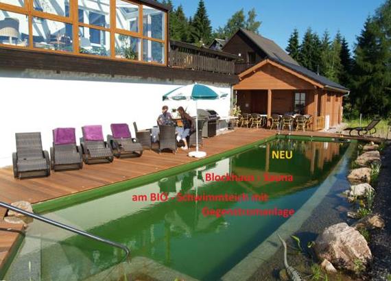 Bioschwimmteich mit Gegenstromanlage